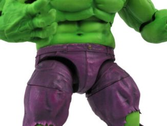 Star Wars, Muppets, and one awesome looking Hulk figure hit retail from DST